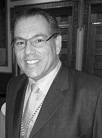 Jonathan Yach